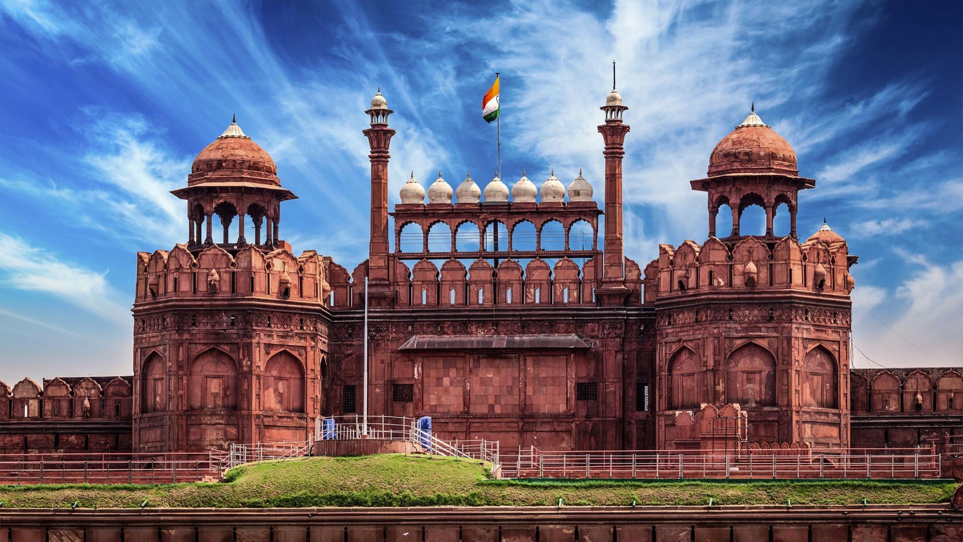 Dalmia Bharat adopts Red Fort